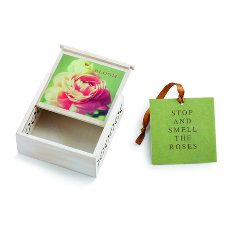 "#D1003920006 - 3.5""SQ.BLOOM SACHET BOX-SMELL THE ROSES  -  96/CASE"