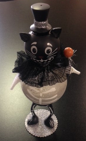 "#D20111458 - 9"" CAT W/ TOP HAT FIGURE  -  12/CASE"