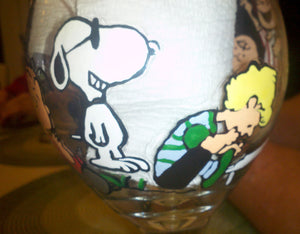 decorative set of 2 peanuts gang charlie brown hand painted wine glass