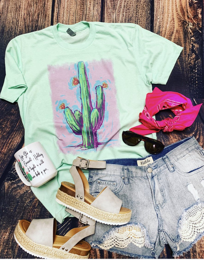 It's rodeo time ladies! How perfect is our neon cactus kind of night tee!? I can see a cheetah duster paired with this tee for that must have wow factor!