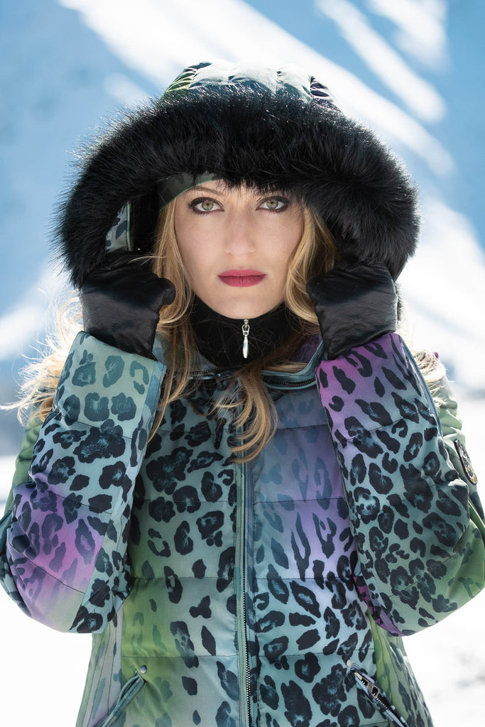 ski jackets, ski pants, luxury skiwear, ski apparel, ski fashion, fur ski apparel, fur trim, Faux Black Fox Fur Border, Skea Limited, Skea Limited - Skea Limited