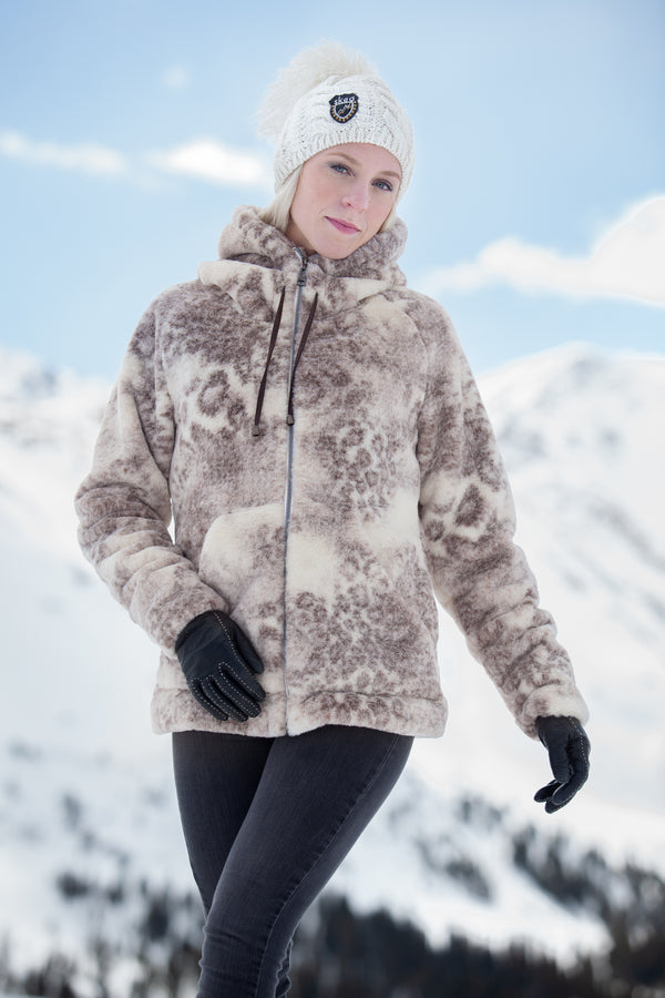 ski jackets, ski pants, luxury skiwear, ski apparel, ski fashion, fur ski apparel, fur trim, Cozy Hoodie, Skea Limited, Skea Limited - Skea Limited