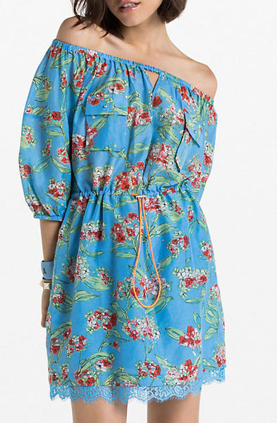 Off-Shoulder Dress with Keyhole neckline. Blue with red flowers pattern. Patrizia Pepe available at our digital Boutique Affairedefemmes.net