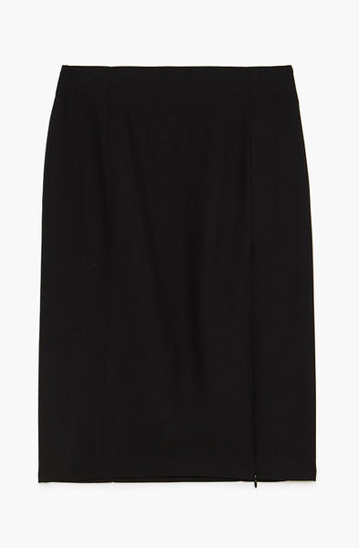 Black high waisted skirt with side slit that can be closed with zipper. Patrizia Pepe available at our digital boutique Affairedefemmes.net