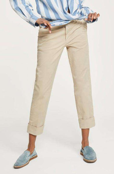 CLOSED Women's Pant STEWART | workwear pant| Caramel colour| don't be boring on the workflow be present in style ! | Comfort and feels like second skin! | Affairedefemmes.net