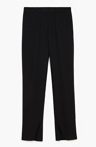 Black high waisted pant with invisible side sip. Perfect pants for professional work floor. Patrizia Pepe available at our digital Boutique Affairedefemmes.net