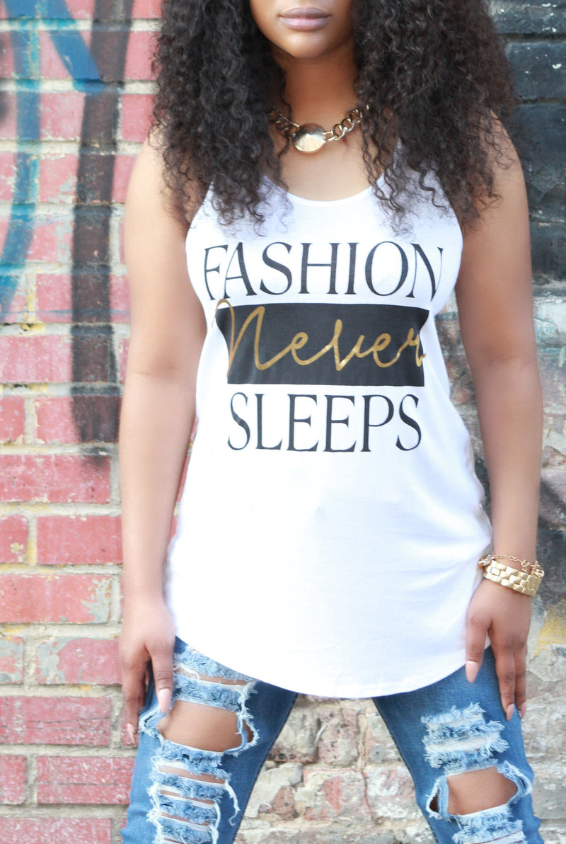 Fashion Never Sleeps Graphic Tee - ARUZE BOUTIQUE
