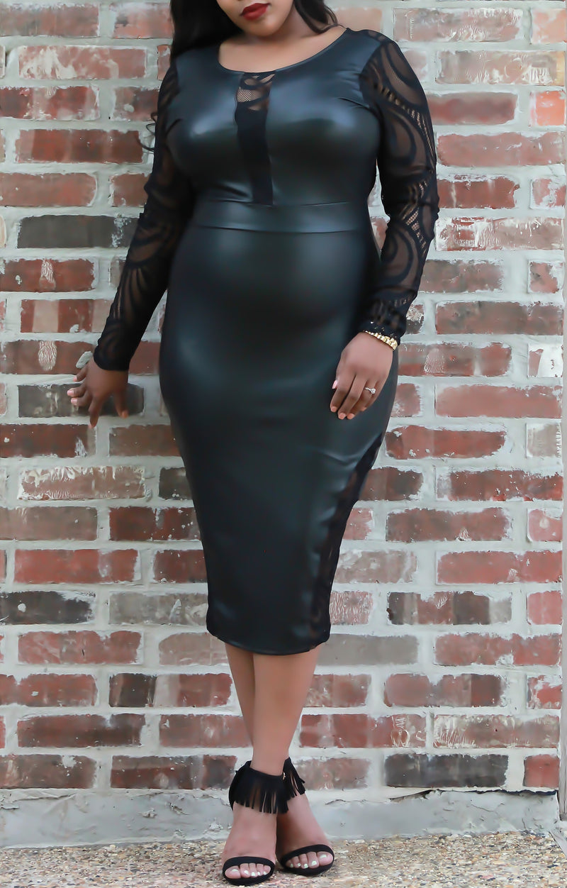 Black Label Bodycon Dress - ARUZE BOUTIQUE