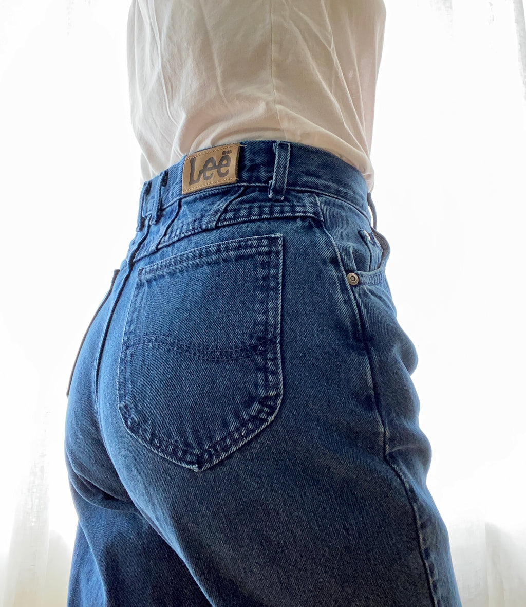 Vintage High Waisted Blue Denim LEE Jeans size 28