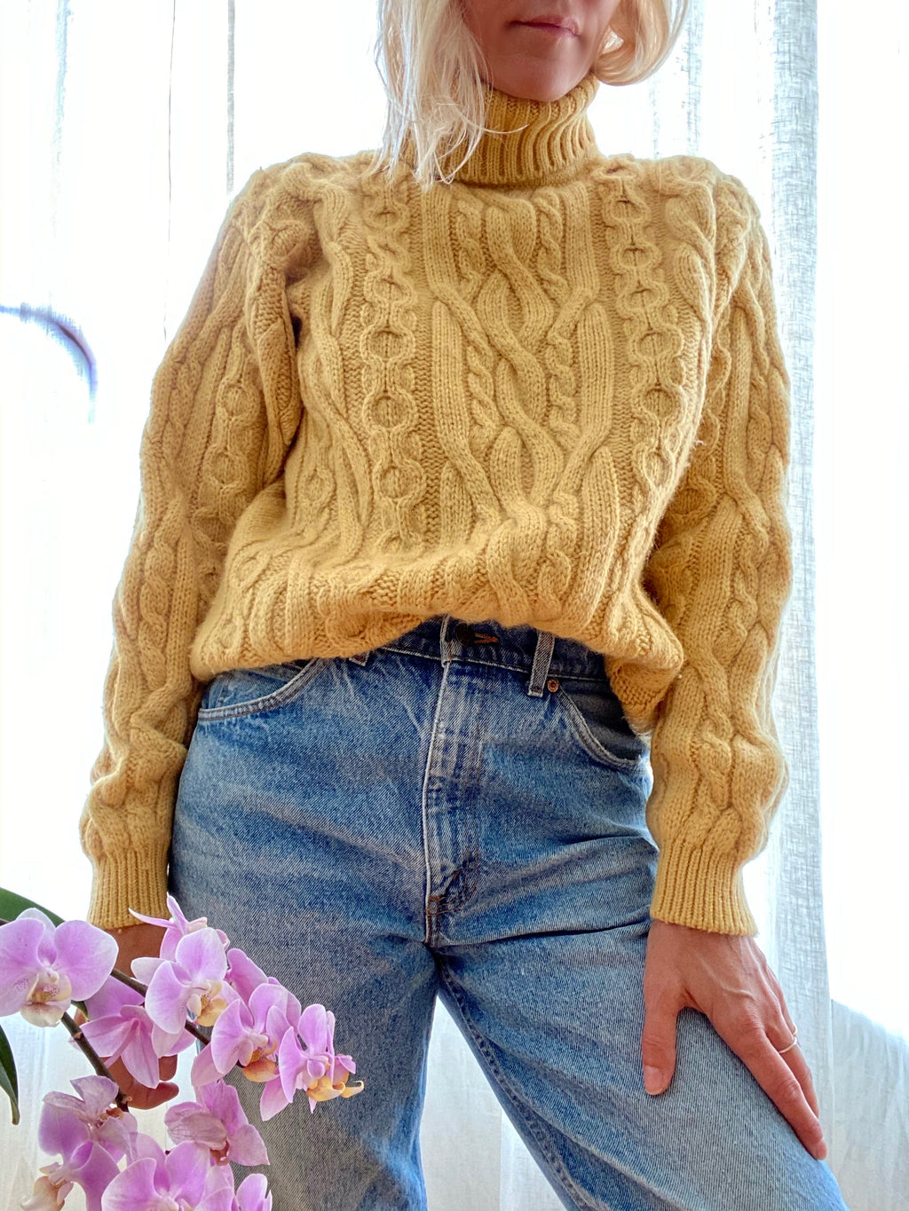 Vintage Cable Sunset Yellow Wool Turtleneck