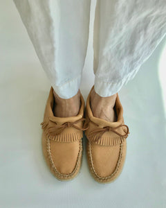 BASTIENS Fringe Moccasins in Moose Hide with crepe sole