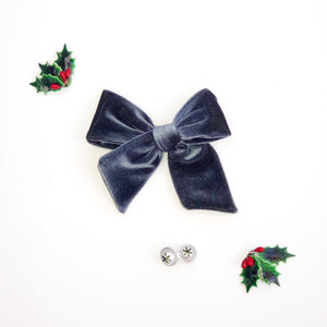 Midnight Blue Velvet Hand-Tied Fabric Bow