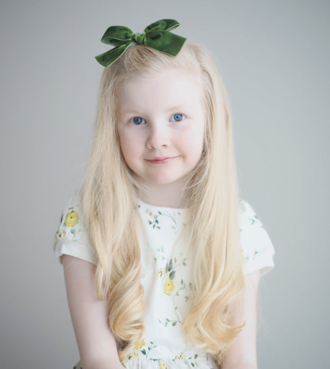 Moss Green Hand-Tied Velvet Bow