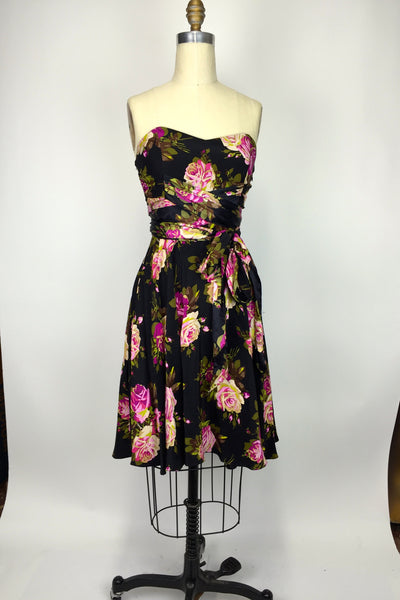 SILK Betsey Johnson Dress Pink Black Fit Flare 2 XS Floral Rose Swing Pinup