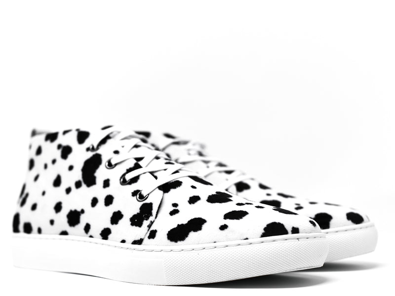 dara shoes mens lucca sneakers in black and white angle view
