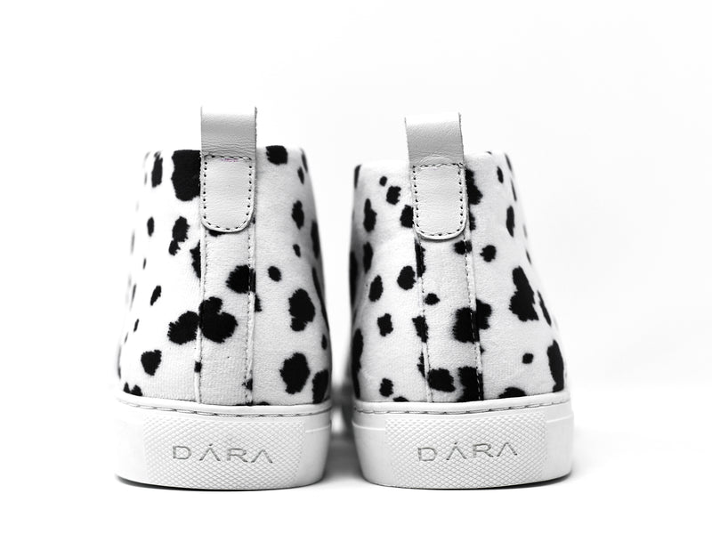 dara shoes mens lucca sneakers in black and white back view