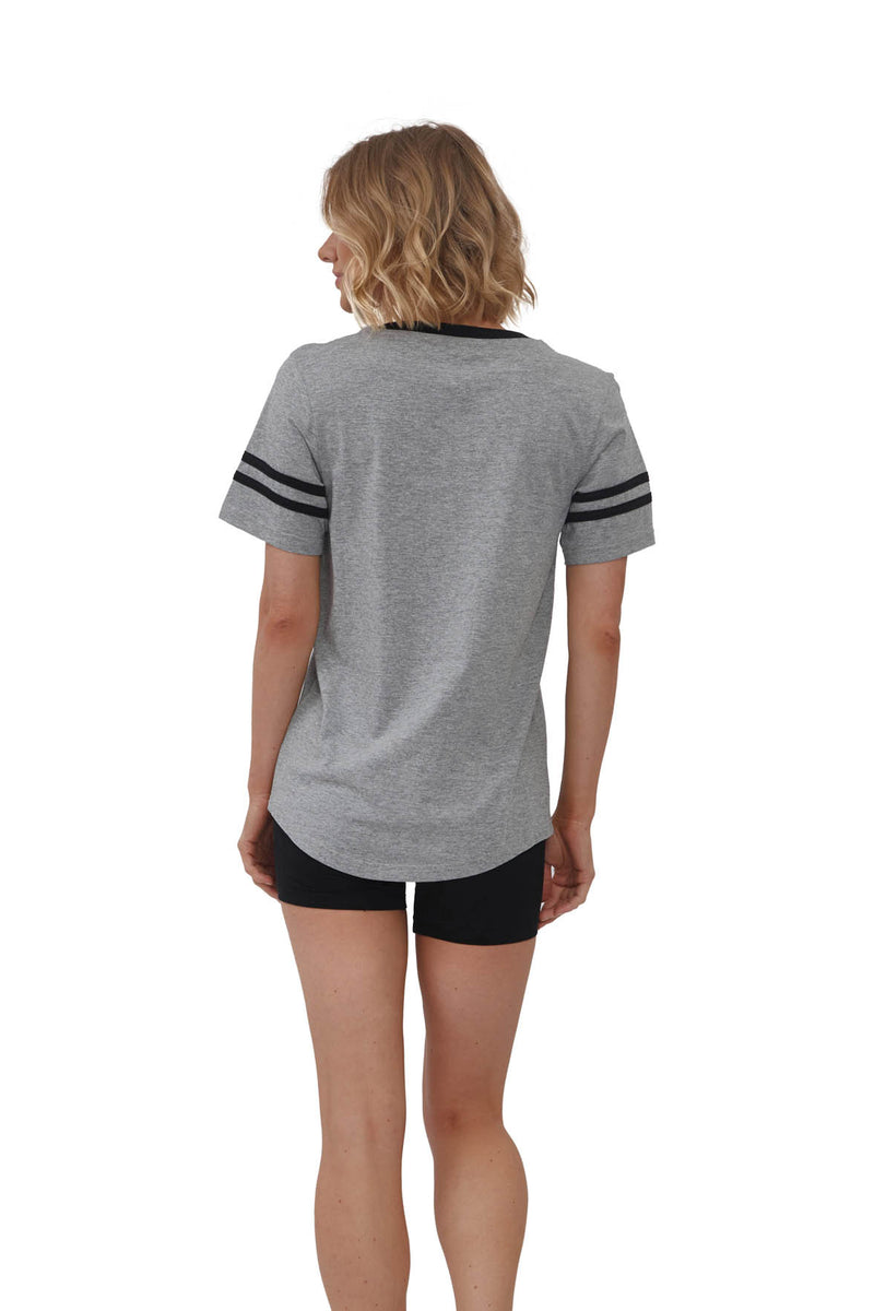 V-Neck T-Shirt with Sporty Stripes and Pocket | MS-523