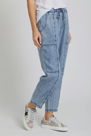 Love Stitch Drawstring Jeans