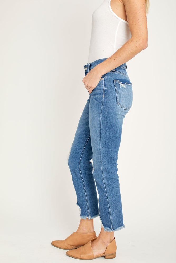 Load image into Gallery viewer, LTJ Straight Leg Mid Rise Distressed Jeans