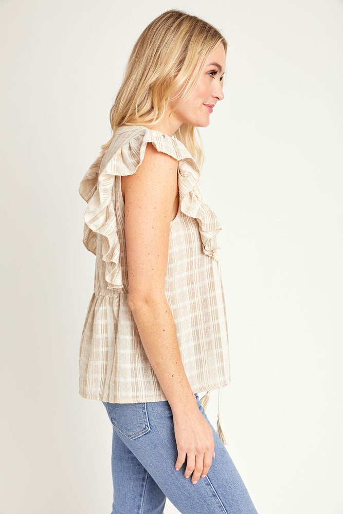 Andree by Unit Textured Flutter Sleeve Top