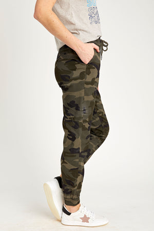 Load image into Gallery viewer, RD Style Camo Jogger Pants