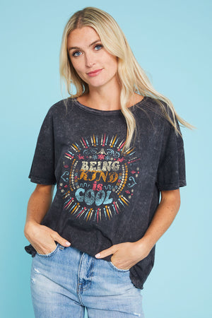 Load image into Gallery viewer, Promesa Being Kind is Cool Oversized Graphic Tee