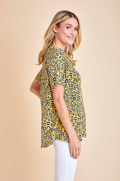 Entro Animal Print Short Sleeve Top