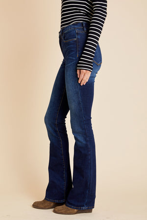 Load image into Gallery viewer, Blank NYC Highwaist Flare Jeans