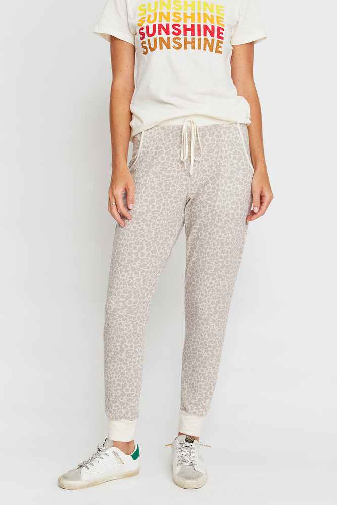 Load image into Gallery viewer, Fashion District Leopard Print Jogger Sweatpants