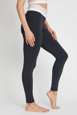 Mono B Tricolor Banded Highwaist Leggings