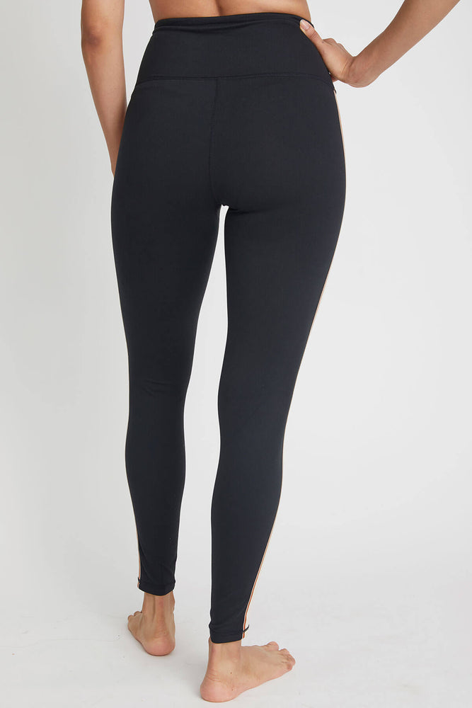 Load image into Gallery viewer, Mono B Contrast Trim Highwaist Leggings