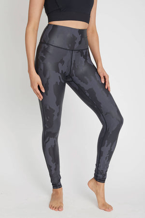 Load image into Gallery viewer, Trend Notes Camo Leggings