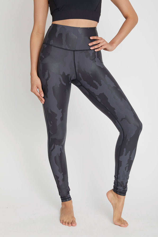 Trend Notes Camo Leggings