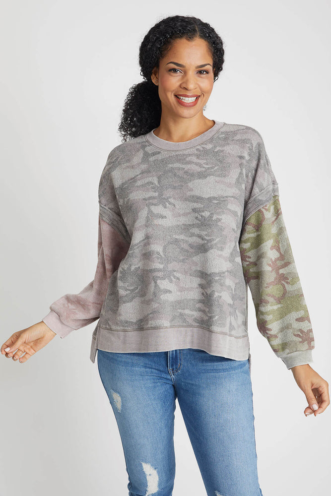 Load image into Gallery viewer, Vintage Havana Mixed Camo Sweatshirt