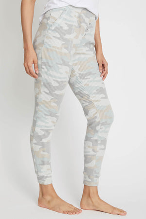 Load image into Gallery viewer, Z Supply Cozy Camo Jogger