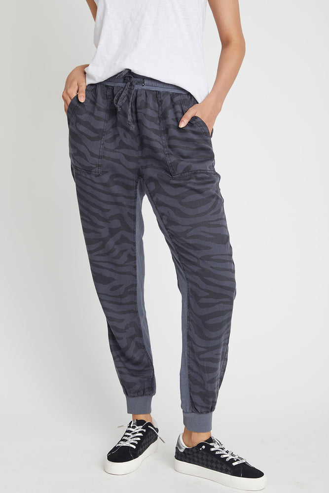 Load image into Gallery viewer, Vintage Havana Zebra Print Tencel Jogger