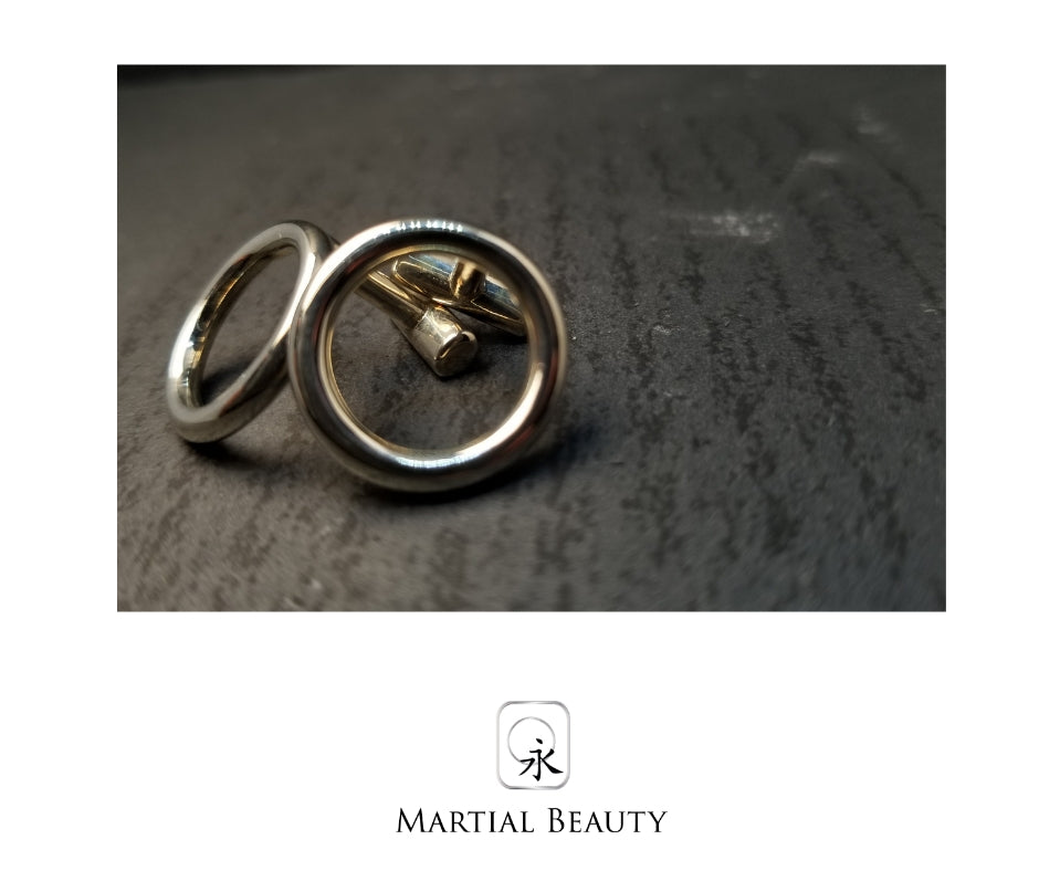 Sakuru Cufflinks - Martialbeauty