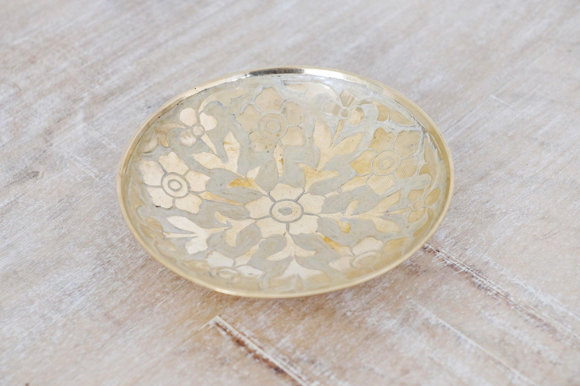 Primrose Brass Bowl Medium