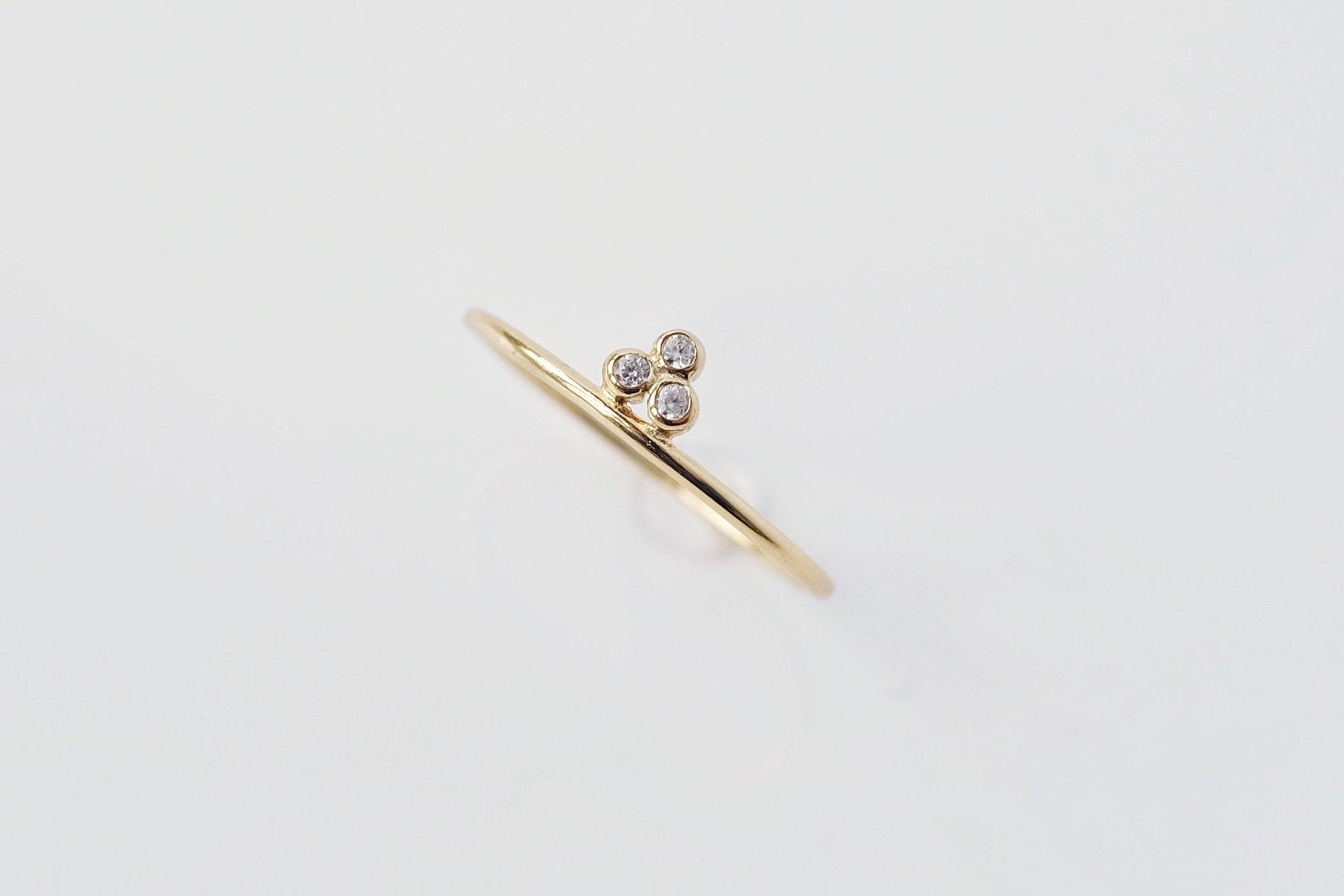 Amie Tripod Ring Gold
