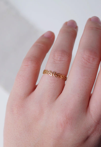 10k Gold Leaf Ring