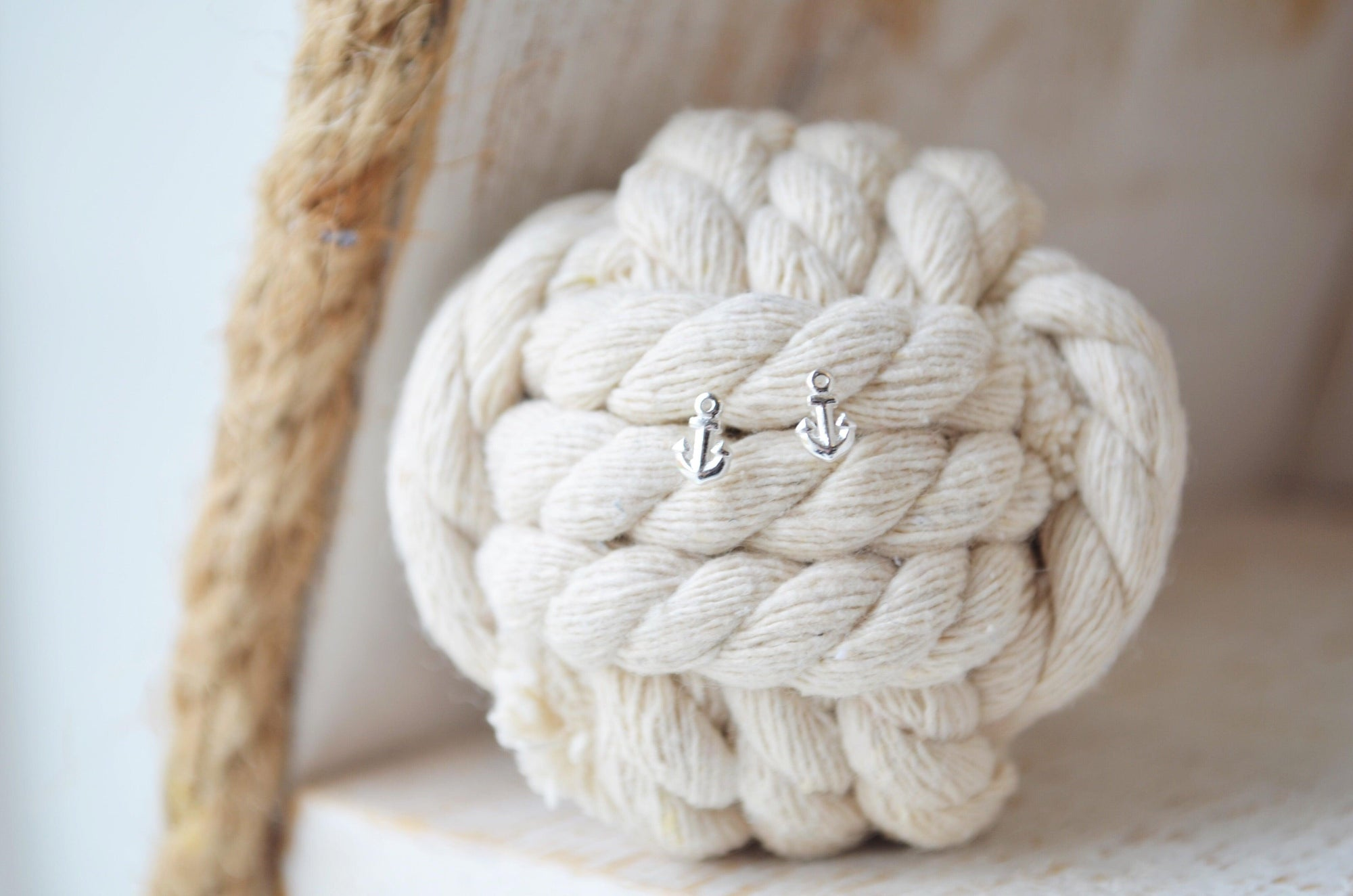 Tiny Anchor Earrings