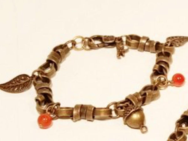 Embracing Autumn Link Bracelet