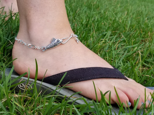 Fish Hooked Anklet