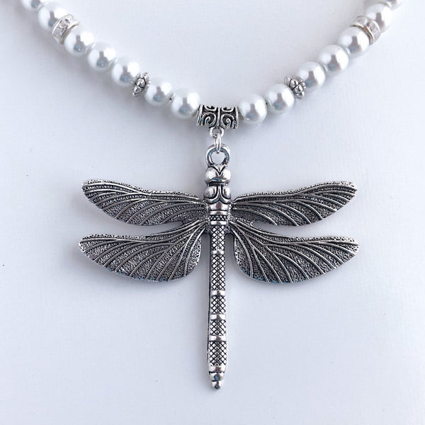 Dreamy Dragonfly Pearl Necklace
