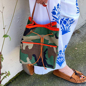 Morgan Bucket Bag -Camo