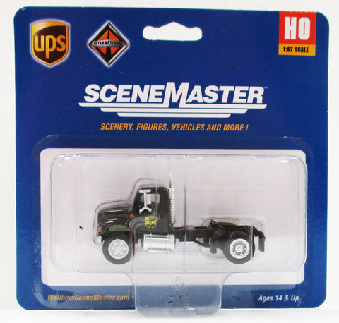 HO Scale Walthers Scene Master 949-11193 UPS United Parcel Service International 4900 Single Axle Semi Tractor