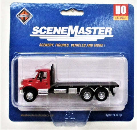 HO Scale Walthers SceneMaster 949-11652 Red International 7600 3-Axle Flatbed Truck