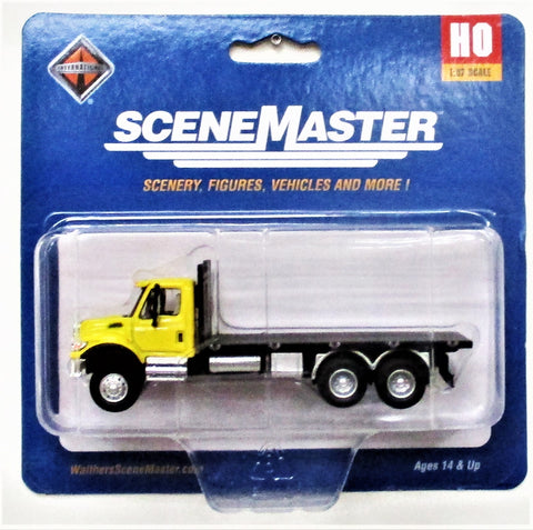 HO Scale Walthers SceneMaster 949-11653 Yellow International 7600 3-Axle Flatbed Truck