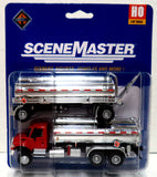 HO Scale Walthers SceneMaster 949-11671 International 7600 Tank Truck w/Trailer