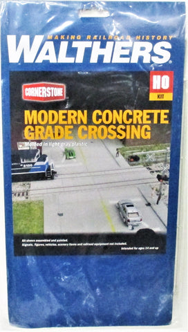 HO Scale Walthers Cornerstone 933-4121 Modern Concrete Grade Crossing Kit